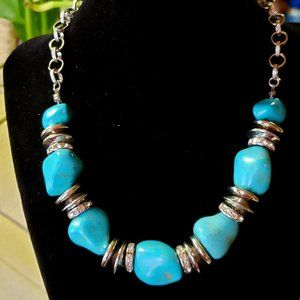 Turquoise-colored Howlite & silver disks Necklace